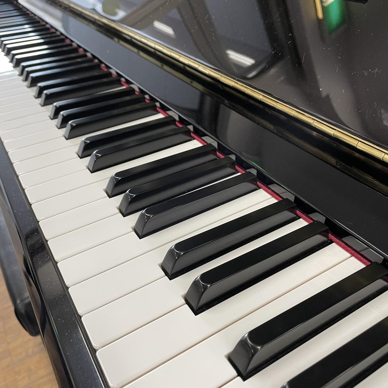 現行機種です!リニューアルピアノ YU33